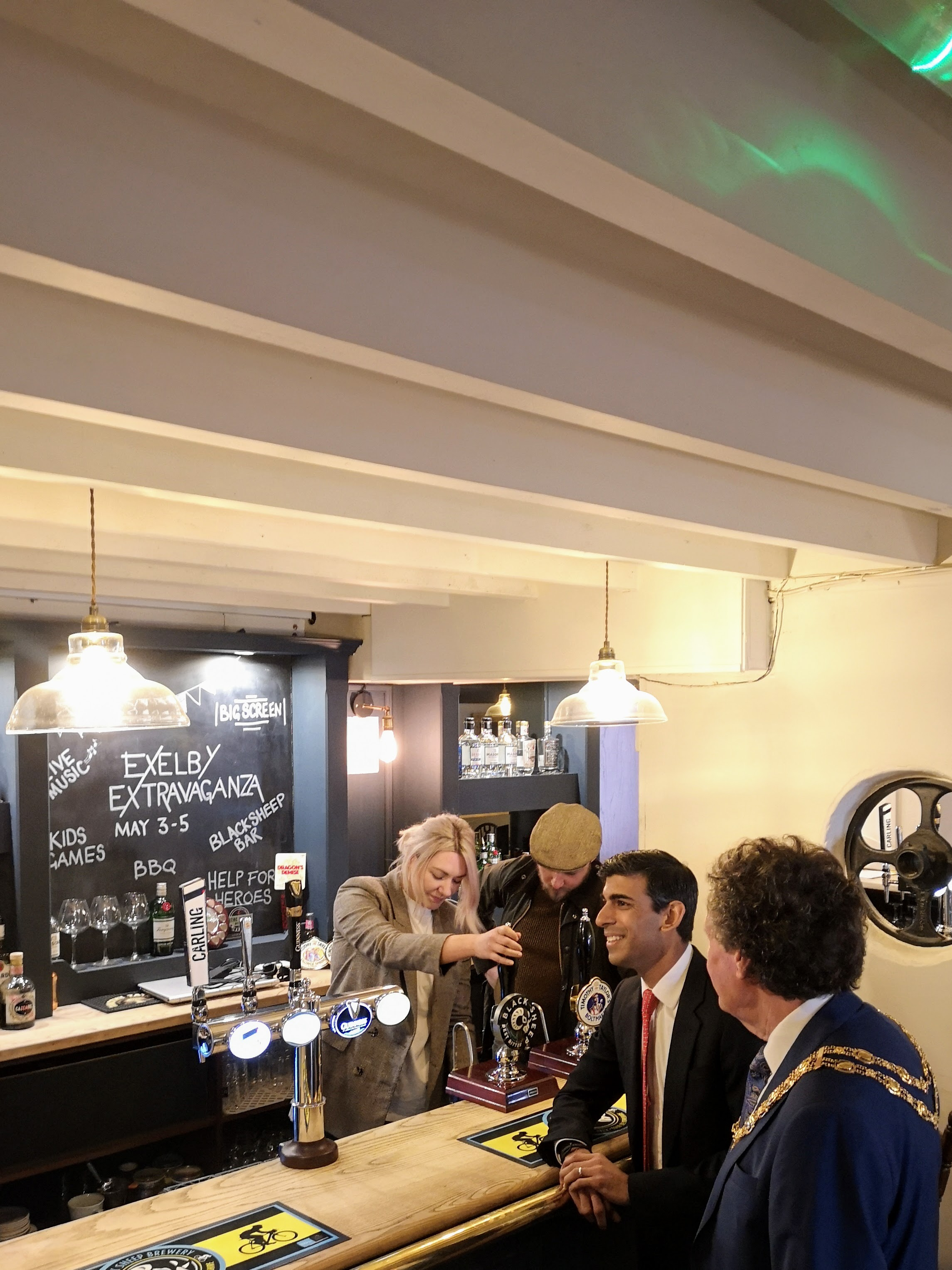 It's not every day when your MP and the Chair of the District Council drop in for a pint!